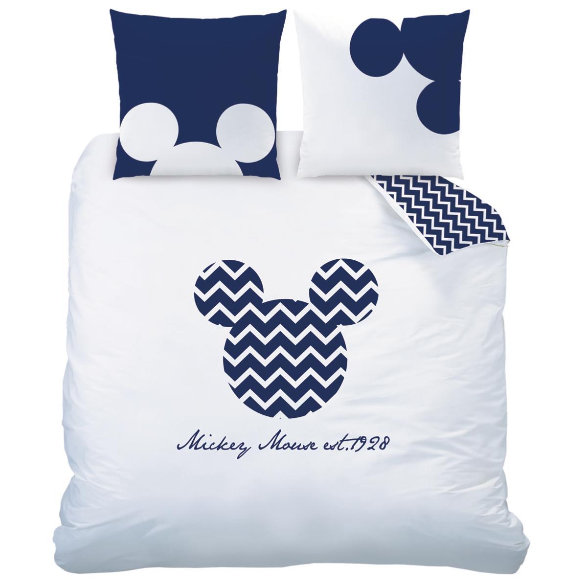 parure housse de couette mickey chevrons blanc bleu r versible en 100 coton j k markets. Black Bedroom Furniture Sets. Home Design Ideas